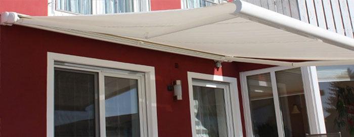 sunbrella retractable awning